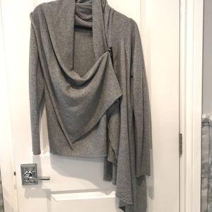Cashmere zip sweater